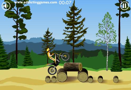 jouer stunt dirt bike jeux gratuits en ligne avec. Black Bedroom Furniture Sets. Home Design Ideas